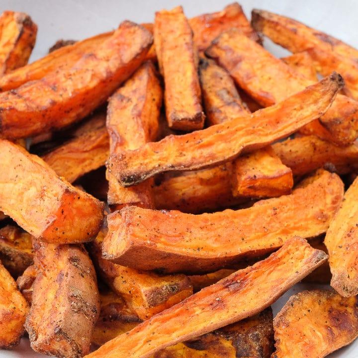air fryer sweet potato fries in serving bowl